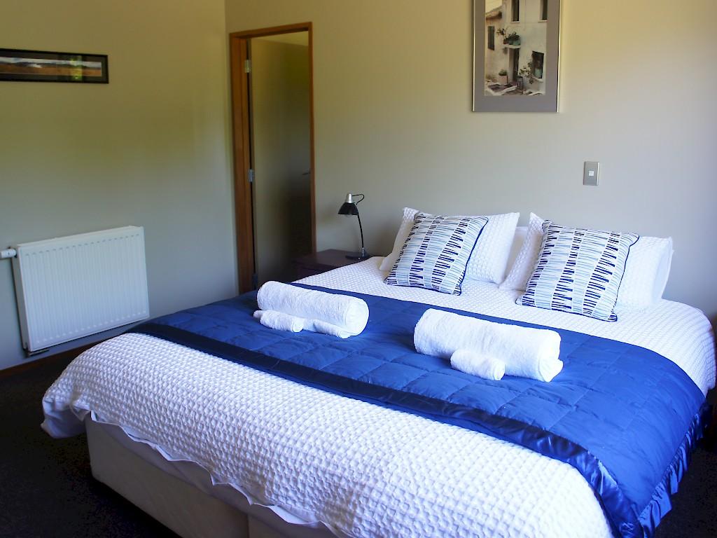 Wanaka Berry Farm Bed and Breakfast | Bed & Breakfast (b&b) in Wanaka, New Zealand
